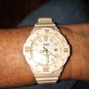 White & gold Casio watch
